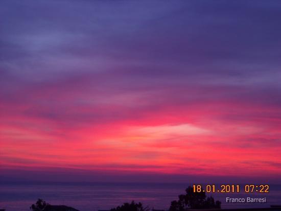 Alba di  casa mia - Nizza di sicilia (2965 clic)