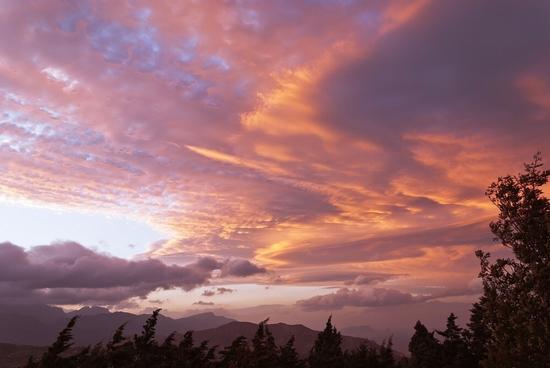 Nuvole, Vento forte - Termini imerese (4053 clic)