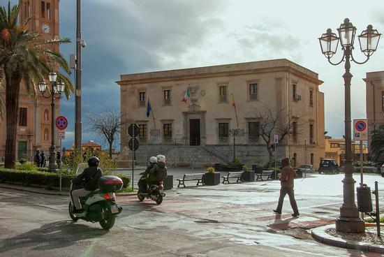 Piazza Duomo - Termini imerese (400 clic)