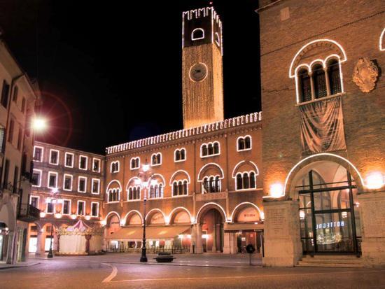 ..ricordi di un Natale passato... - Treviso (2389 clic)