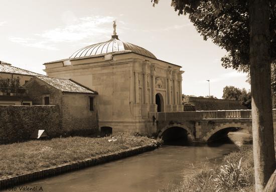 Porta di S. Tomaso - finito il restauro - Treviso (2017 clic)