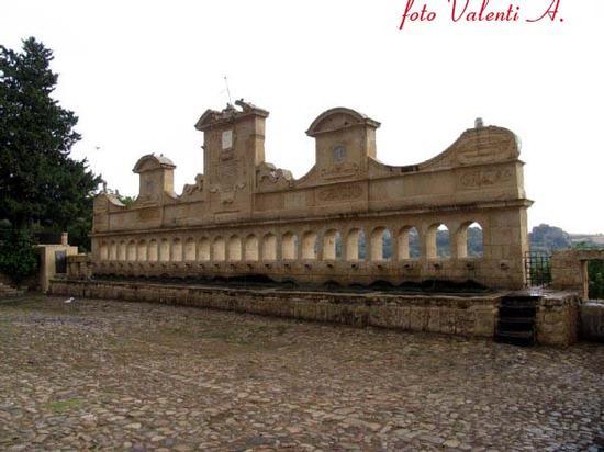 Leonforte  24 Cannola - Granfonte (3506 clic)