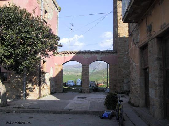 Maggiolino di borgo - Borgo cascino (2406 clic)
