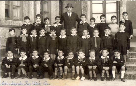 Anno scolastico 1958/59 - Enna (4280 clic)