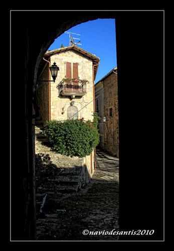 SCORCIO  - Civitella del tronto (1295 clic)