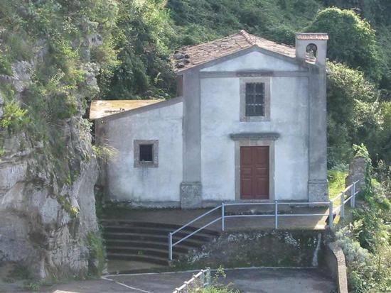 La chiesetta Madonna della scala vicino Porta Messina - Rometta (2602 clic)