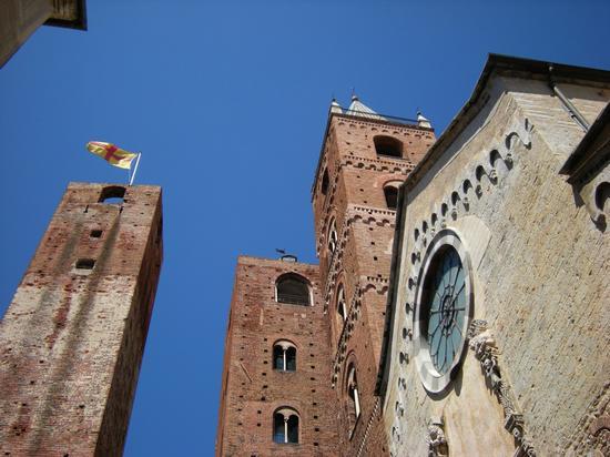 Centro storico - Albenga (2296 clic)