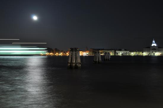 Il canale della Giudecca - VENEZIA - inserita il 26-Sep-11
