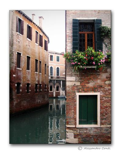Scorcio... - Venezia (2282 clic)