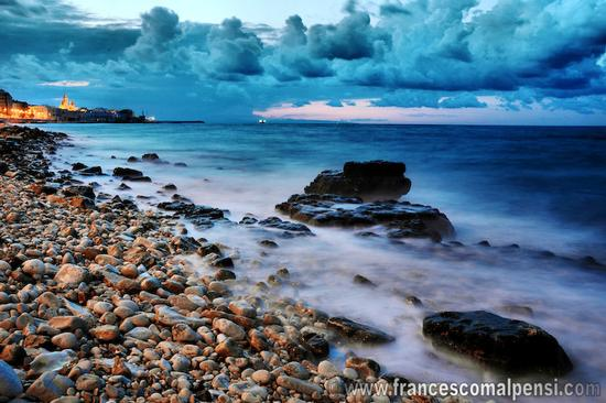 Tramonto in spiaggia - Molfetta (3980 clic)