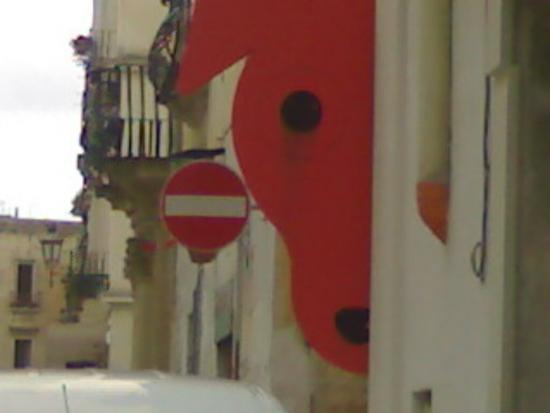 divieto di transito - Lecce (1431 clic)