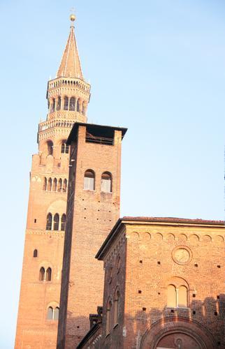 vecchie pietre - Cremona (1592 clic)