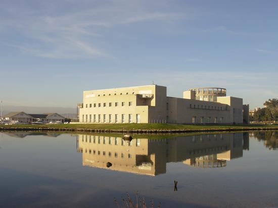 Il Museo Archeologico Nazionale di olbia,situato sull'isolotto di Peddone (2945 clic)