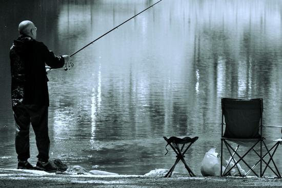 Pesca sportiva - Fondo (2320 clic)