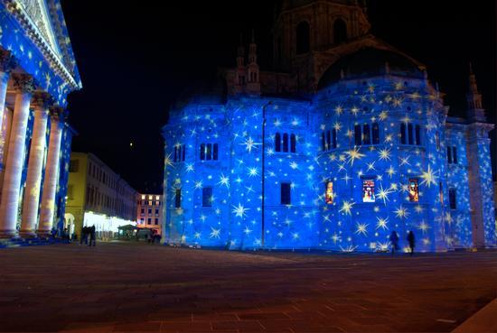 Duomo di Como Natale 2010 (2580 clic)