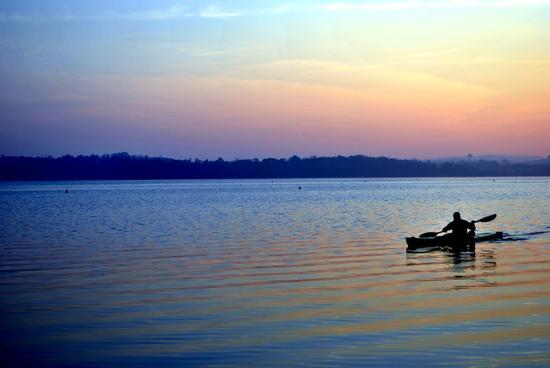Canoa al tramonto - Pusiano (3650 clic)
