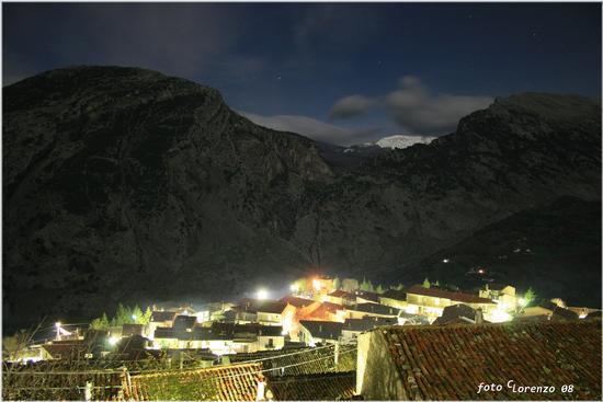 Notturno a San Lorenzo Bellizzi (2489 clic)