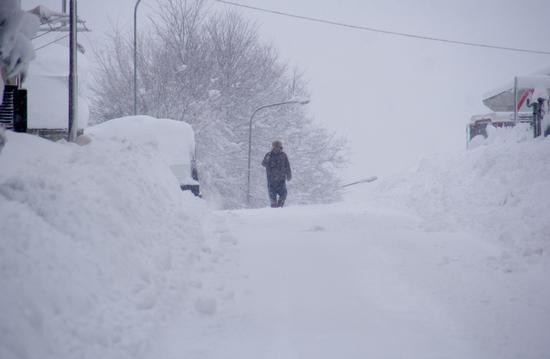 Cerasa di San Costanzo-PU Nevicata febbraio 2012 (1159 clic)