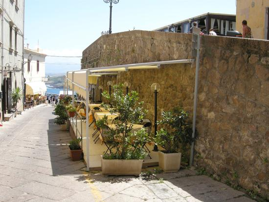 Ristorante nel borgo antico - Castelsardo (2191 clic)