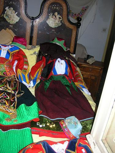 Autunno in Barbagia - Costumi femminili - Orgosolo (2700 clic)