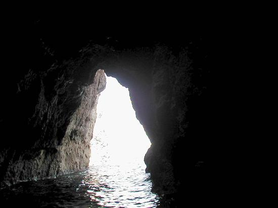 Grotta lungo la costa - Carloforte (2600 clic)