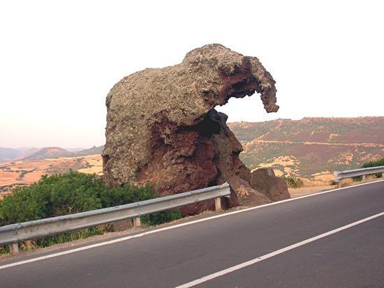 Castelsardo - La roccia dell'Elefante (4544 clic)