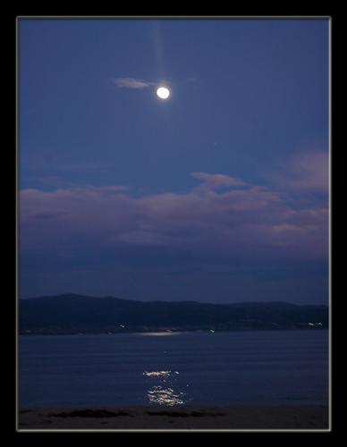 Luna che si secchia  - Cagliari (1208 clic)
