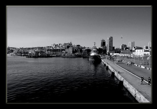 Porto di Cagliari (1941 clic)