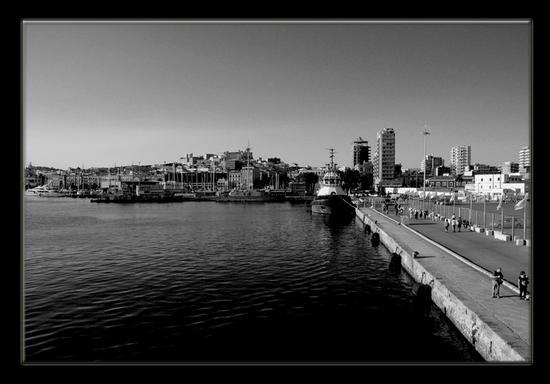 Porto di Cagliari (1152 clic)