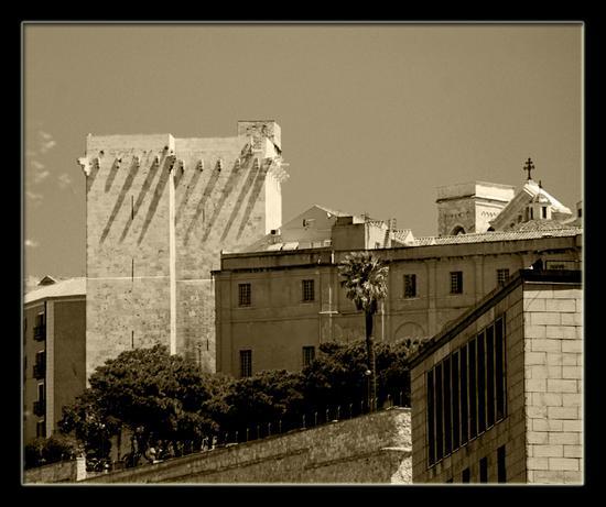 Cagliari  -  Castello  (2417 clic)