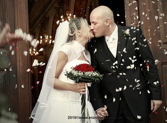 Sposi... - MARANO DI NAPOLI - inserita il 01-Feb-11