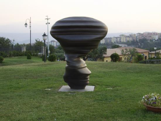 arte conteporanea al parco - Catanzaro (2206 clic)