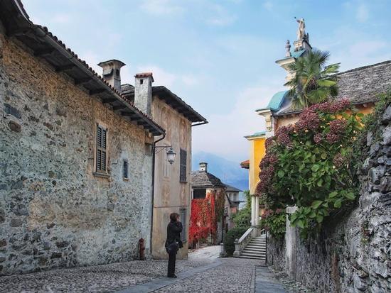 Panorama - Orta san giulio (2045 clic)