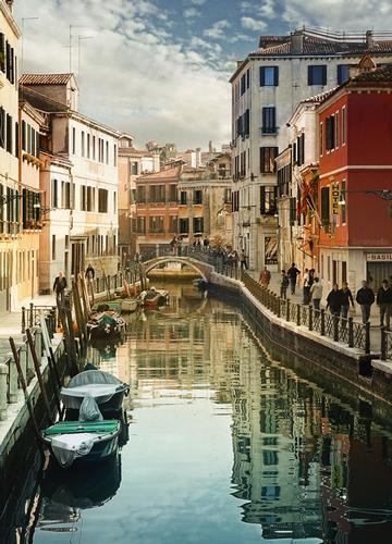 Canale veneziano - VENEZIA - inserita il 04-Dec-10