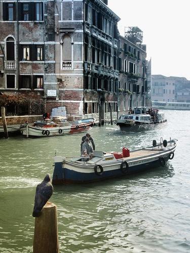 Canale veneziano (2006 clic)