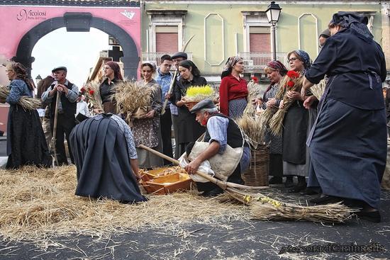 a pisatura - NICOLOSI - inserita il 07-Oct-11