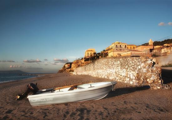 Scorcio di Gioiosa Marea (3581 clic)