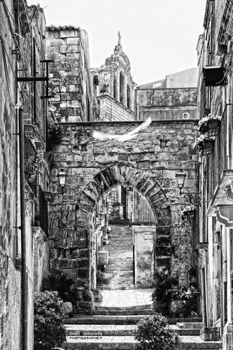 Arco dell'Annunziata - Chiaramonte gulfi (2487 clic)