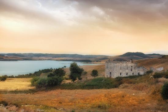 lago di ogliastro - Raddusa (5043 clic)