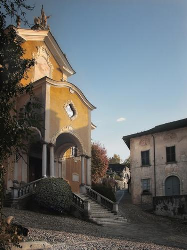 Chiesa - Orta san giulio (3171 clic)