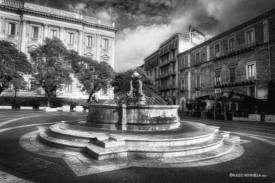 Piazza Teatro Massimo - Catania (400 clic)