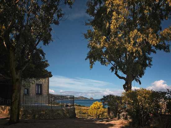 Vista dal castello di Brolo (4038 clic)