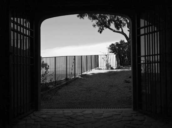 Ingresso castello di Brolo (4239 clic)