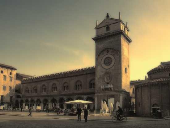In giro per Mantova (4589 clic)