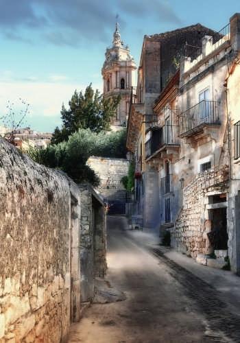 Passeggiando per Modica (4247 clic)