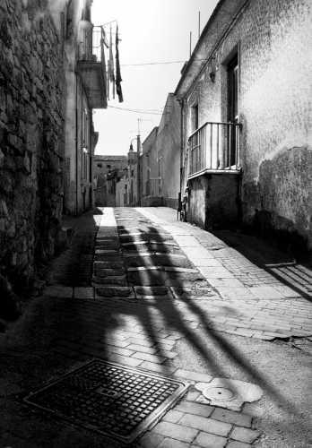 Passeggiando per Modica (2610 clic)