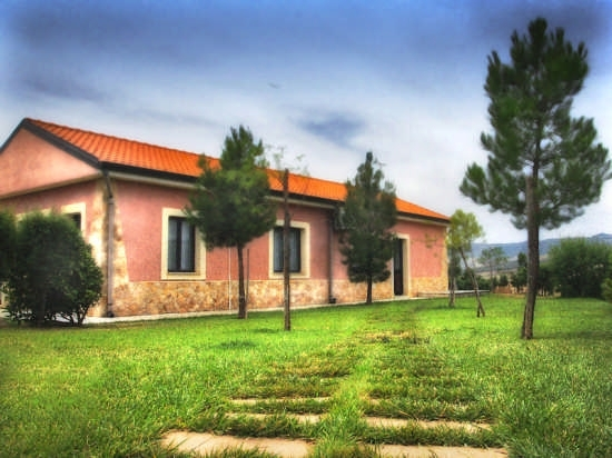 Casa rurale - Raddusa (4290 clic)