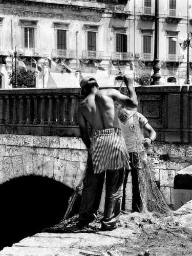 Pescatori a Ortigia - Siracusa (2942 clic)