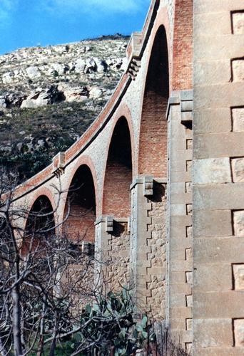 Ponte detti 12 luci-12 archi - Assoro (3079 clic)