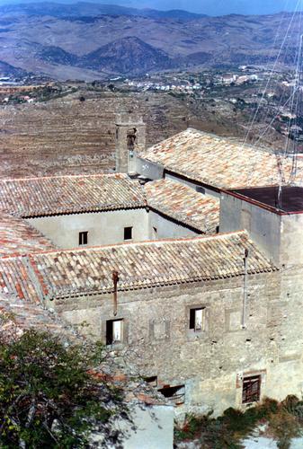 Convento S,Maria degli Angeli - Assoro (2823 clic)